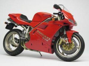 Ducati 748, 916 et 996