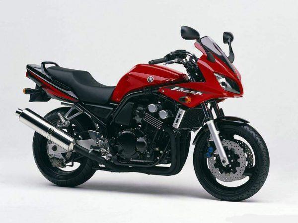 Yamaha 600 Fazer, de 2002 à 2003